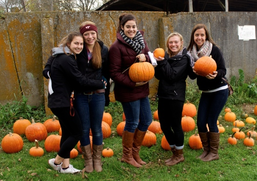 girls w pumpkins